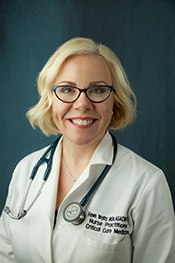 Fawn Watts Picture - blond nurse practioner with glasses